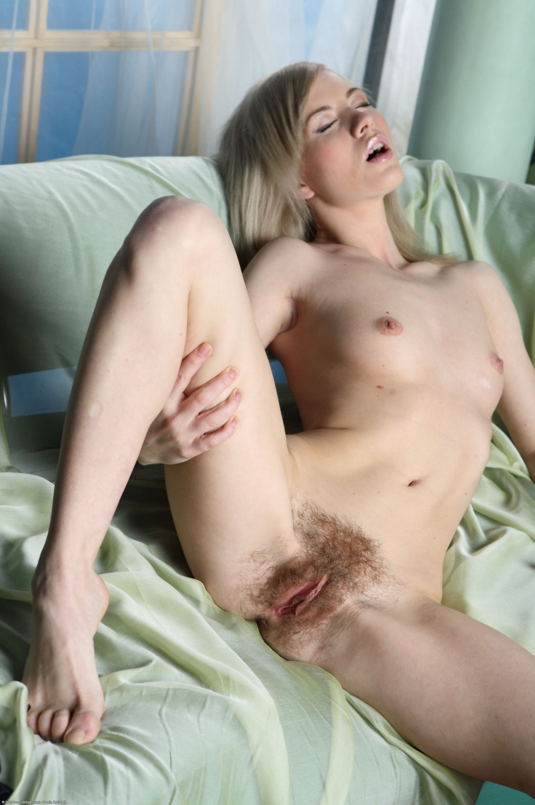 Images blonde hairy naked milf
